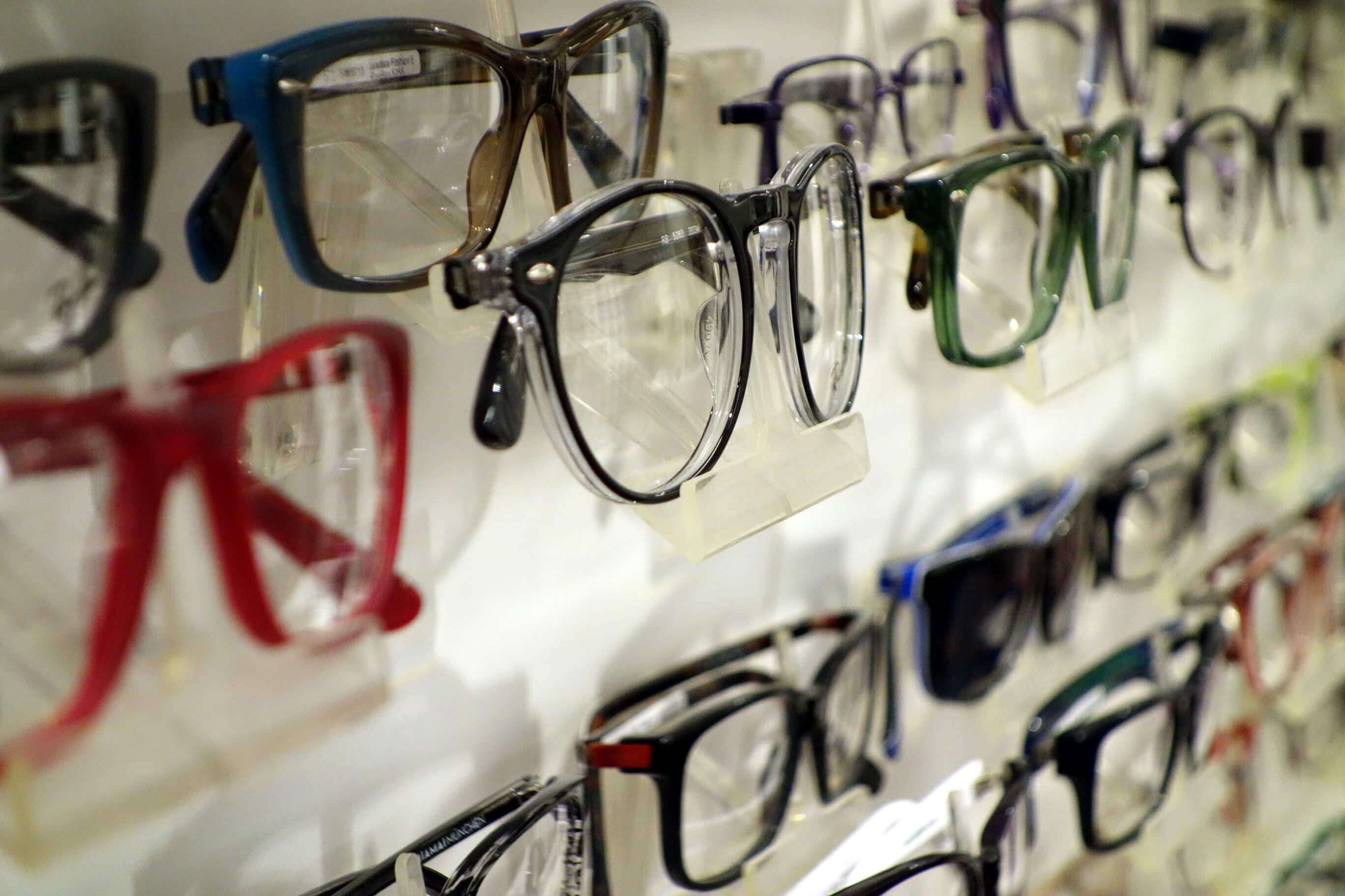 Brillenauswahl-Optik-Westermeier