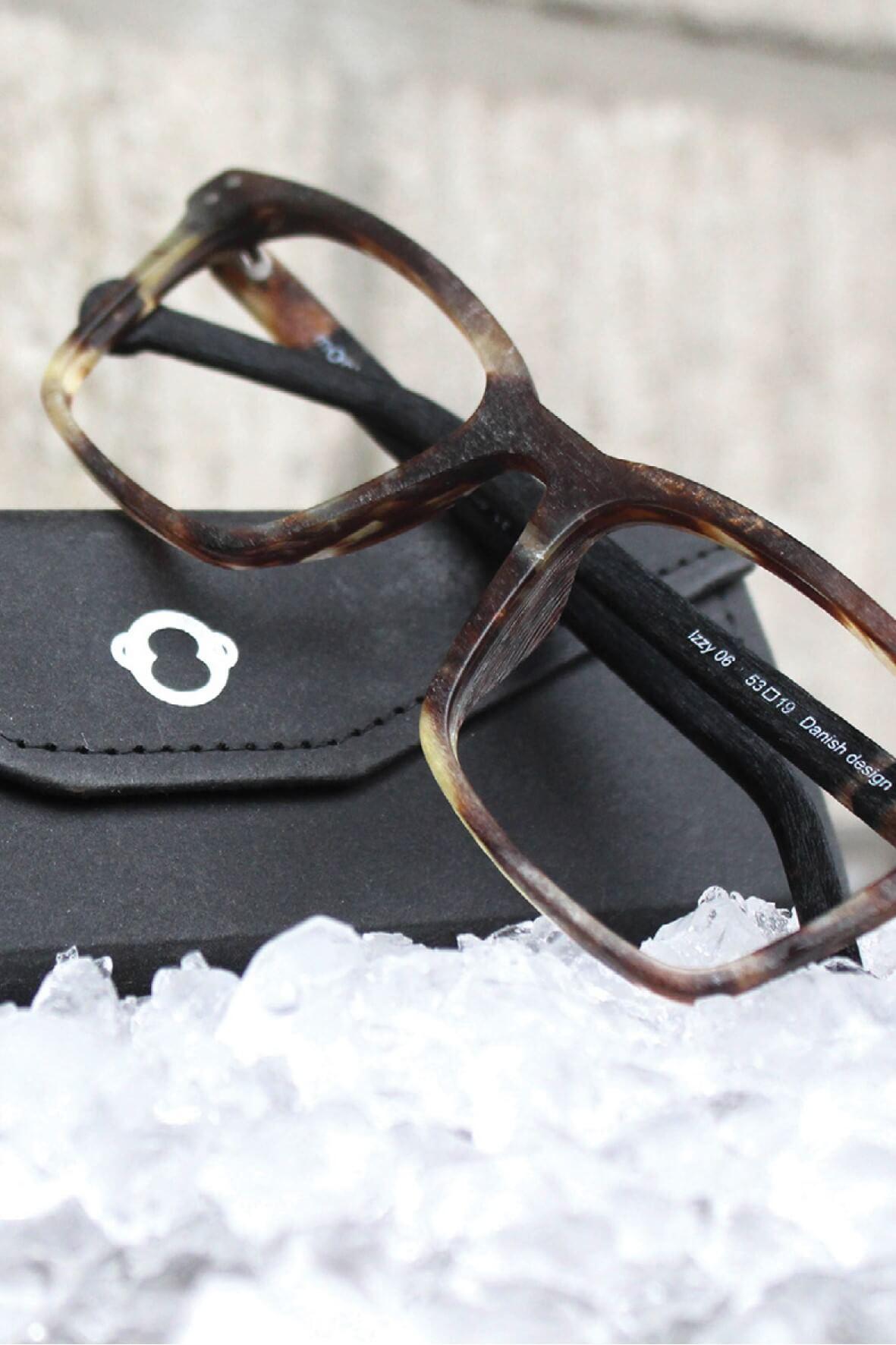 nachhaltige Brillenfassungen von monkeyglasses bei Optik Westermeier