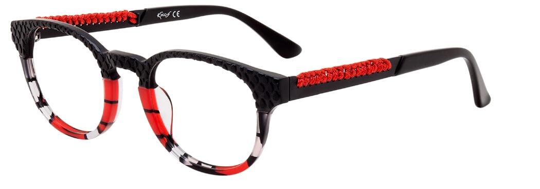 brille auf nasenspitze