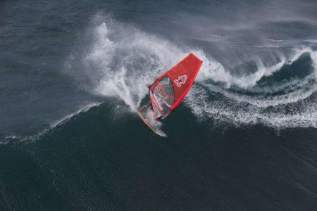 surfer auf welle
