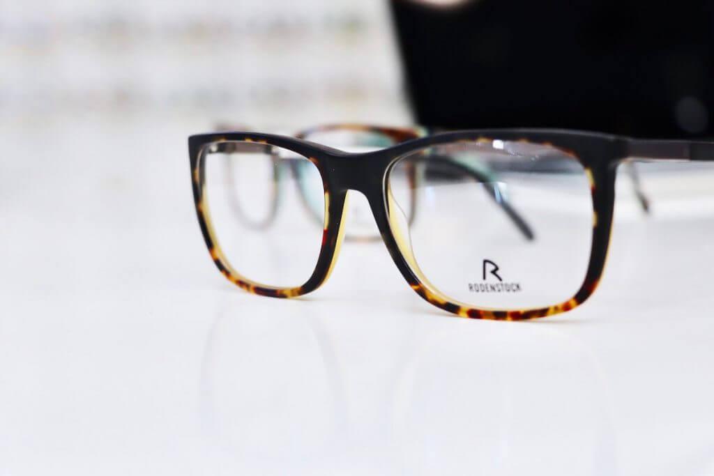 Braun melierte Brille von Rosenstock
