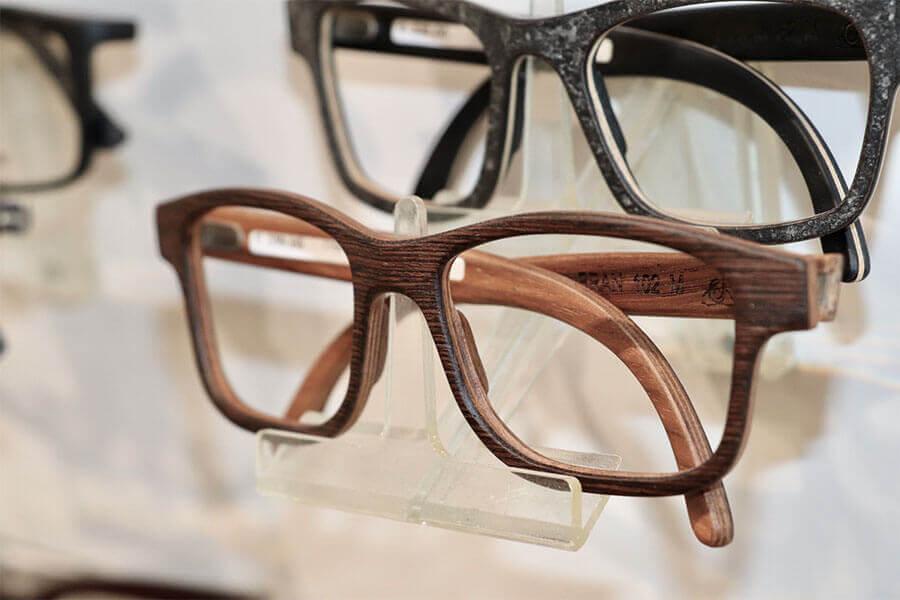 Schöne Brillen von Wood Fellas